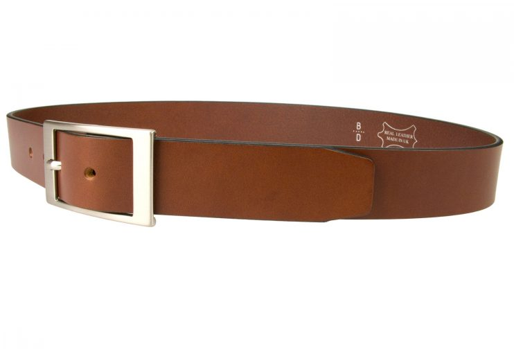 Tan Leather Belt British Made, 3.5cm Wide, Made In UK, Real Leather, Full Grain Italian Leather, 4mm Thick Approx, Italian Hand Brushed Matt Nickel Buckle, Center Bar Whole Buckle, Left Facing Image