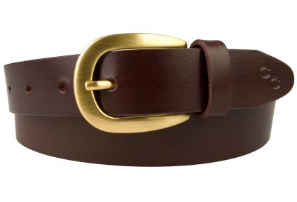 Mulberry Coloured Leather Belt Gold Plated Buckle. Made In UK By British Craftsmen using high quality Italian Vegetable Tanned Leather and Italian made gold plated buckle. Hand brushed and lacquered for protection. Champion Chase Horse Shoe Motif and Gold Plated Ornamental Rivets.