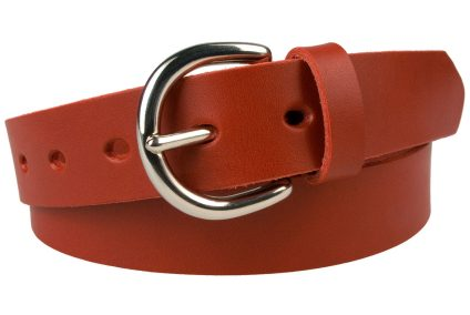Ladies London 'D' Red Leather Belt. 3cm Wide so can be worn with jeans and trousers that have narrower loops. Made In UK with Italian Full Grain Vegetable Tanned Leather. Nickel Plated Solid Brass London 'D' Buckle. Strong Riveted Return. A strong long lasting leather belt.